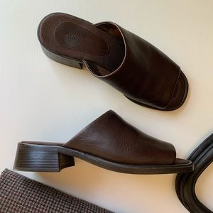 St. John's Bay vintage 90's leather mule heels